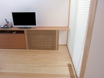 木組みの家「高円寺の家」暖房器具
