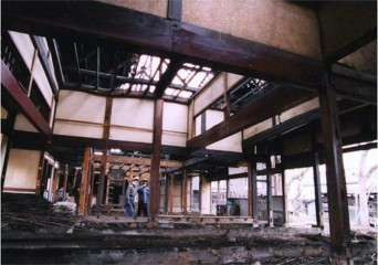 古民家の解体現場