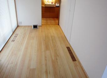 木組みの家「高円寺の家」リビング