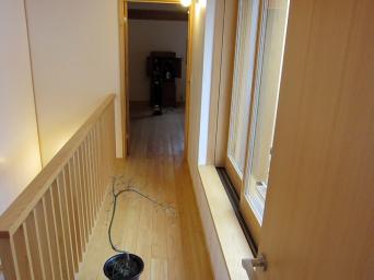 木組みの家「高円寺の家」二階廊下