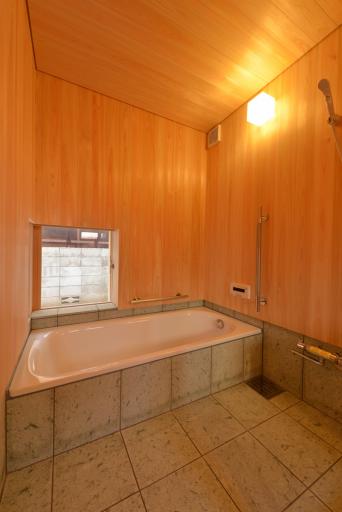 木組みの家「高円寺の家」浴室天井目地
