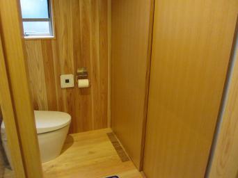木組みの家「高円寺の家」洗濯機置き場2