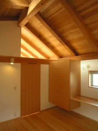 木組みの家「高円寺の家」屋根野地板