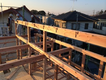 木組みの家「我孫子の家2」建方4