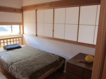 140403「木組の家に住んで」寝室閉