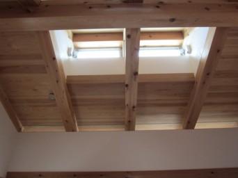 140403「木組の家に住んで」越屋根