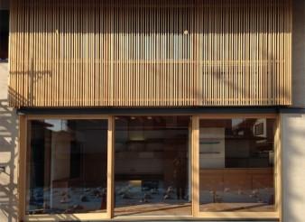 木組みの家「吉祥寺の家3」木漏れ日格子外観