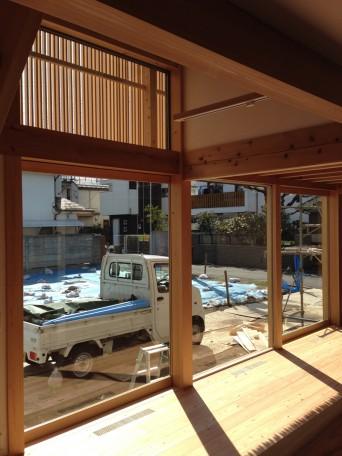 木組みの家「吉祥寺の家3」木漏れ日格子140107