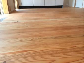 木組みの家「我孫子の家2」完成内覧会床板