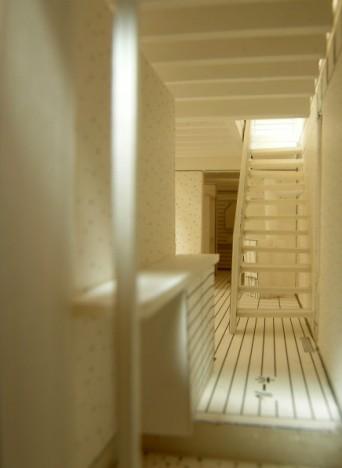 木組みの家「松本城の見える家」模型玄関