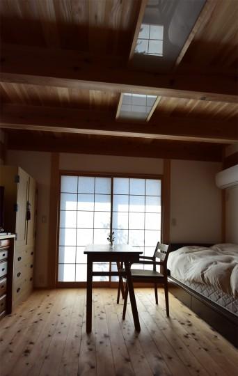 木組みの家「登戸の家」1階寝室