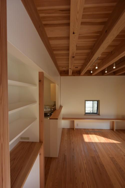 木組みの家「深大寺の家」完成時1F内観