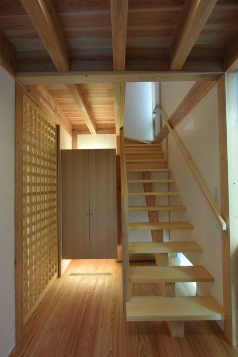 吉祥寺の家4 力桁階段